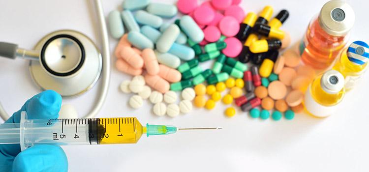 При сифилисе врачи назначают лечение антибиотиками