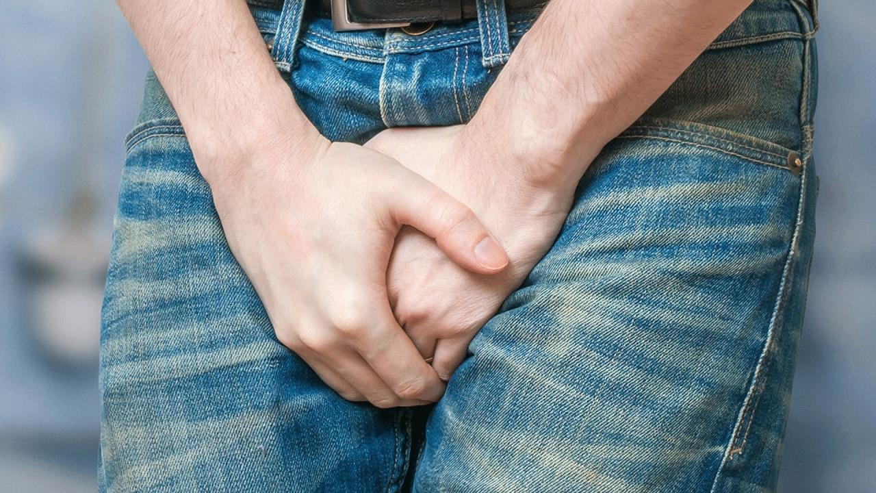 Коричневые пятна на члене заставляют мужчин тревожиться