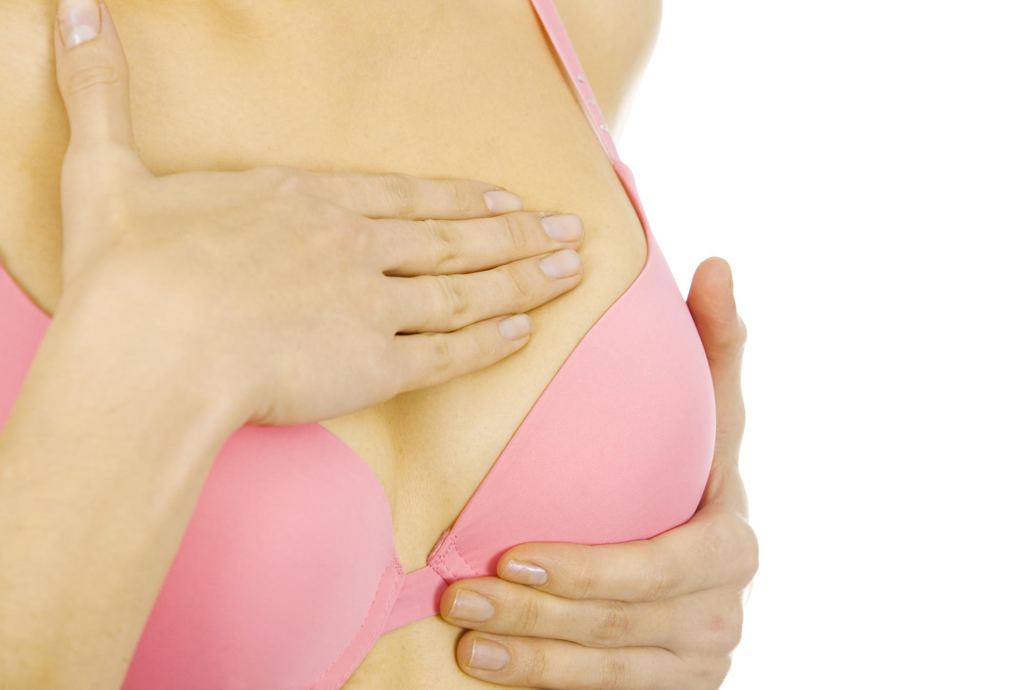 Бородавки на грудине у женщин