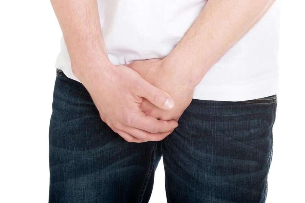 Черные точки на мошонке - симптом разных заболеваний