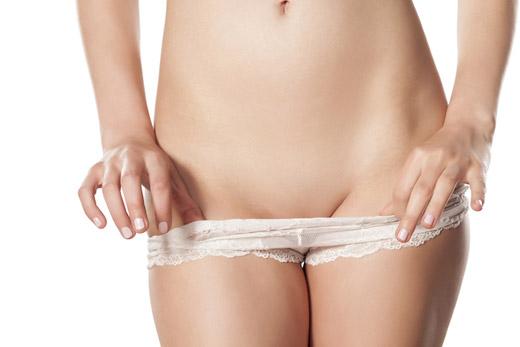 Половые губы могут потемнеть из-за плохого белья
