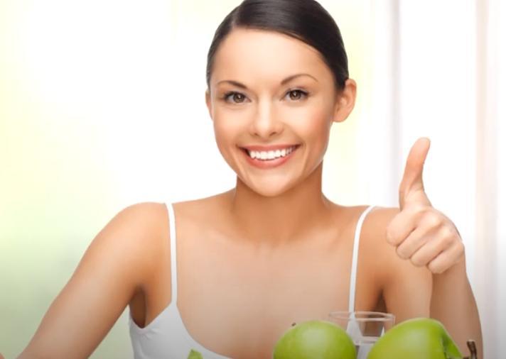 Здоровое питание для профилактики прыщей перед месячными
